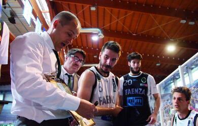 Immagine News - basket-b-faenza-laddio-di-coach-regazzi-dopo-sette-anni