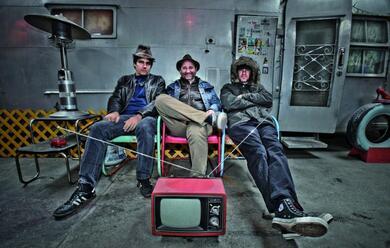 Immagine News - laesplosione-garage-punk-degli-oblivians-al-bronson