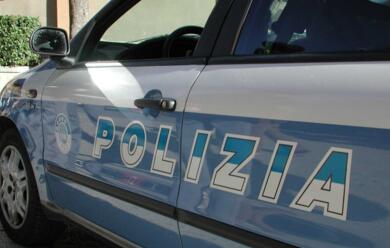 Immagine News - ravenna-polizia-scova-ricercato-e-lo-porta-in-carcere