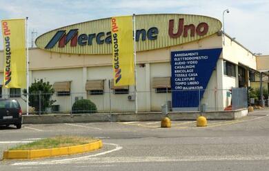 Immagine News - mercatone-uno-acquisita-da-shernon-holding-e-cosmo-rilancio-per-68-punti-vendita