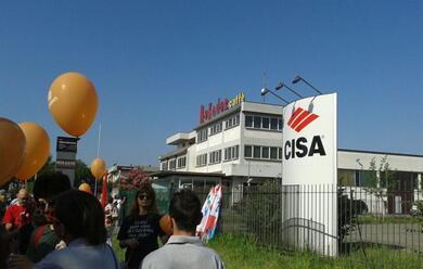Immagine News - faenza-proteste-alla-cisa-allegion-per-nuovi-tagli-ai-salari-dei-lavoratori