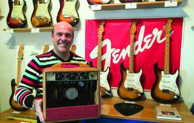 Immagine News - una-mostra-dedicata-alle-chitarre-della-fender
