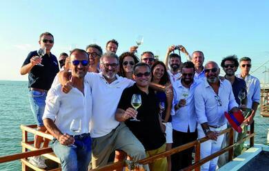 Immagine News - vino-quindici-produttori-romagnoli-lanciano-il-progetto-del-club-dei-bianchi