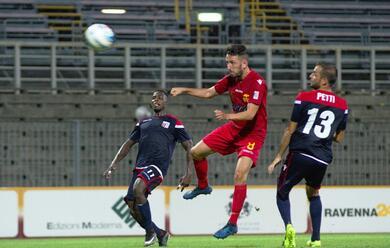 Immagine News - calcio-coppa-italia-c-il-primo-derby-della-stagione-au-del-ravenna-battuto-il-rimini