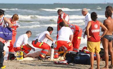 agosto-come-cambiano-i-servizi-sanitari-fra-ferie-turisti-caldo-e-pronto-soccorso-presi-dassalto