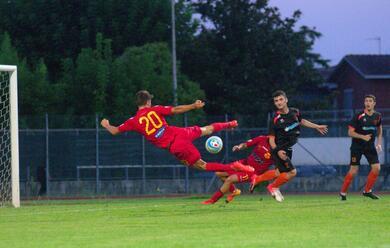 Immagine News - calcio-c-il-ravenna-ha-segnato-due-gol-nel-test-amichevole-di-russi
