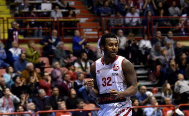 basket-a2-la-pallacanestro-forla-supera-imola-e-vince-ancora-il-torneo-seganti-a-lugo