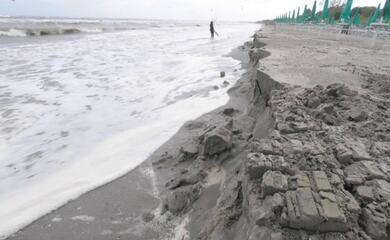 lidi-ravennati-contro-lerosione-della-spiaggia-via-libera-a-progetti-per-580mila-euro