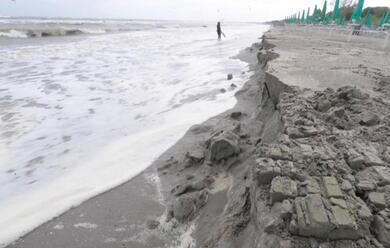 Immagine News - lidi-ravennati-contro-lerosione-della-spiaggia-via-libera-a-progetti-per-580mila-euro