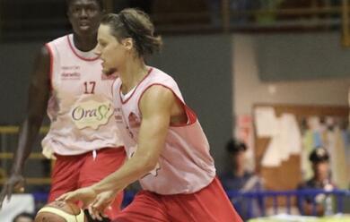 Immagine News - basket-a2-laorasa-gioca-una-buona-gara-ma-cade-contro-tortona