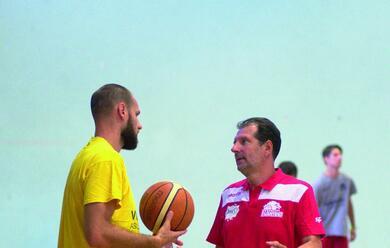 Immagine News - basket-a2-coach-mazzon-alla-vigilia-del-campionato-asubito-un-esame-tosto-a-piacenzaa