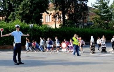 Immagine News - castello-il-piedibus-compie-sei-anni-oltre-100-i-bambini-coinvolti
