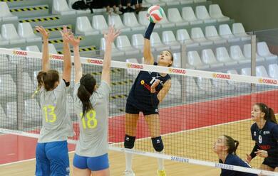 Immagine News - volley-a2-donne-il-campionato-della-teodora-comincia-con-una-sconfitta-a-perugia