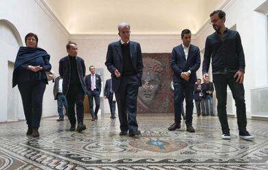 Immagine News - ravenna-romano-prodi-in-visita-alla-biblioteca-classense