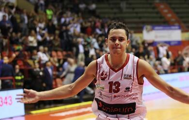 Immagine News - basket-a2-lunieuro-sorride-due-volte-record-di-abbonati-e-vittoria-con-verona