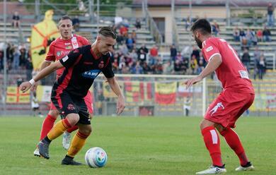 Immagine News - calcio-c-il-ravenna-pareggia-nel-turno-infrasettimanale-cadono-le-altre-romagnole