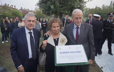 Immagine News - ravenna-piantato-un-albero-in-memoria-delle-vittime-della-mafia