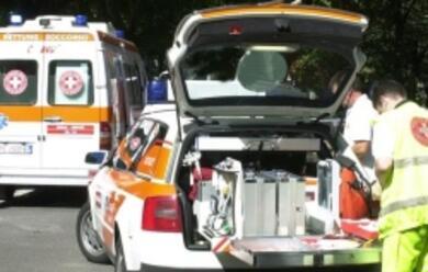 Immagine News - imola-auto-contro-due-moto-muore-59enne