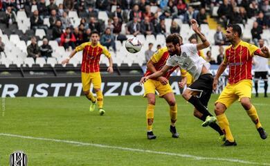 calcio-d-prima-sconfitta-casalinga-per-il-cesena-ma-in-vetta-non-cambia-nulla-il-classe-pareggia-al-90