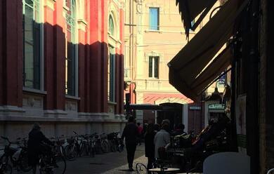 Immagine News - ravenna-dal-26-novembre-ztl-anche-di-sera-in-via-ponte-marino-parlano-i-commercianti
