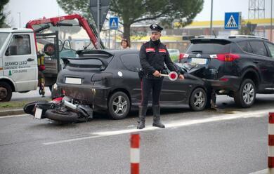 Immagine News - ravenna-tamponamento-in-via-faentina-ferito-centauro