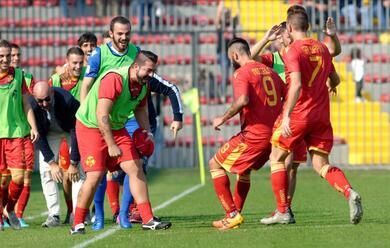 Immagine News - calcio-c-due-vittorie-fondamentali-per-ravenna-e-rimini-buon-punto-in-rimonta-per-limolese