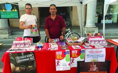 faenza-aids-lassociazione-nps-regionale-in-citta-asiamo-fra-le-zone-pia1-colpite-ditaliaa