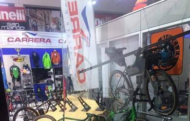 Immagine News - s.agata-sul-santerno-ladri-rubano-da-deka-sport-bici-per-50-mila-euro