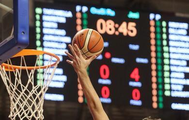 Immagine News - basket-a2-orasi-ravenna-batte-jesi-in-volata-107-101