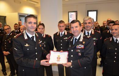 Immagine News - ravenna-il-generale-domizi-in-visita-al-comando-provinciale-dei-carabinieri-per-gli-auguri-di-natale