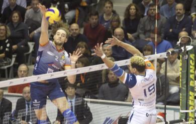 Immagine News - volley-superlega-solo-un-punto-per-la-consar-nello-scontro-diretto-contro-milano