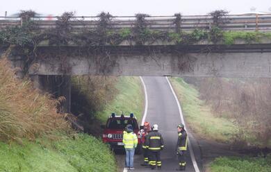 Immagine News - ravenna-controlli-dei-vigili-del-fuoco-sul-ponte-sulladriatica