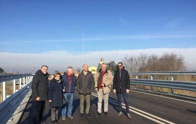 Immagine News - faenza-riaperto-il-ponte-felisio-al-traffico-dopo-mesi-di-lavori-e-disagi