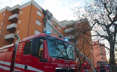 lido-adriano-esplosione-in-un-appartamento-per-una-fuga-di-gas