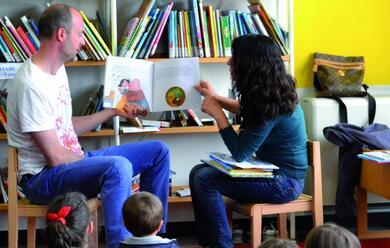 Immagine News - castel-bolognese-da-ventaanni-la-cultura-per-i-bambini-passa-anche-da-nati-per-leggere-in-biblioteca