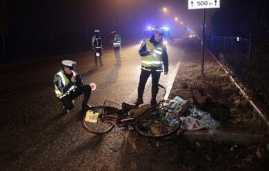 Immagine News - lugo-travolta-in-bici-grave-57enne