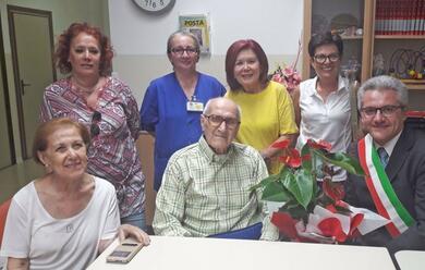 Immagine News - solarolo-addio-a-nonno-elio-aveva-ben-107-anni
