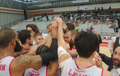 Immagine News - basket-a2-unorasa-perfetta-in-difesa-si-aggiudica-il-derby-contro-cento