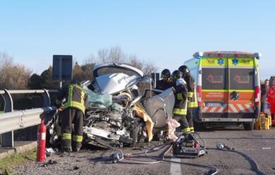 Immagine News - incidente-mortale-sulladriarica-strada-chiusa-tra-classe-e-fosso-ghiaia