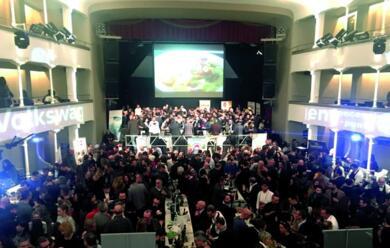 Immagine News - un-luneda-11-febbraio-spumeggiante-concesena-in-bolla-al-teatro-verdi