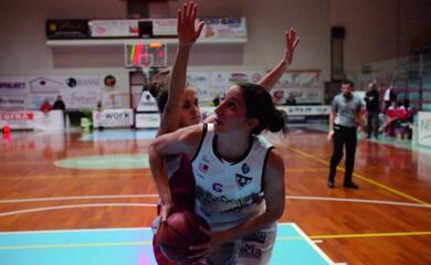 basket-a2-donne-linfinitybio-si-gioca-tutto-in-un-mese-quotcinque-scontri-diretti-decisivi-a-cominciare-dal-big-match-contro-la-speziaquot