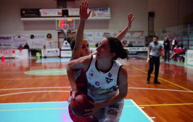 Immagine News - basket-a2-donne-linfinitybio-si-gioca-tutto-in-un-mese-quotcinque-scontri-diretti-decisivi-a-cominciare-dal-big-match-contro-la-speziaquot
