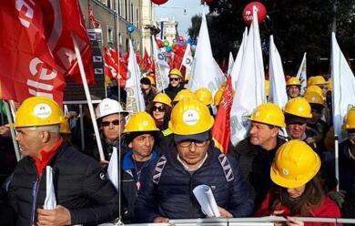 Immagine News - ravenna-grande-manifestazione-indetta-per-sabato-16-marzo-a-sostegno-del-settore-oilandgas