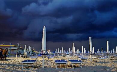allerta-meteo-gialla-per-vento-forte-e-mare-agitato-sulla-costa-romagnola