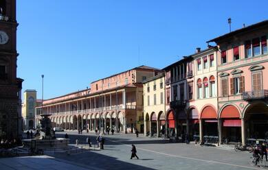Immagine News - faenza-per-incrementare-il-turismo-nel-2019-lamministrazione-punta-su-bandiere-teatro-sport-e-ceramica