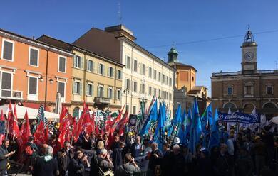 Immagine News - ravenna-in-2500-in-piazza-del-popolo-in-difesa-del-settore-oilandgas