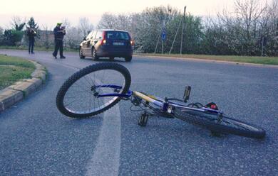 Immagine News - russi-ciclista-travolto-da-unauto-e-in-gravi-condizioni