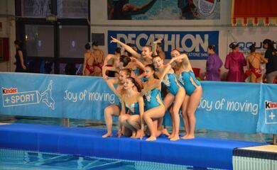 nuoto-sincronizzato-la-swimfit-strappa-applausi-al-trofeo-kinder-di-mantova
