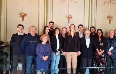 Immagine News - russi-valentina-palli-candidata-sindaco-del-centrosinistra-ha-presentato-squadra-e-programma