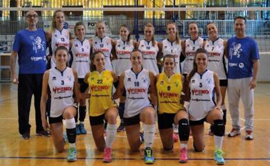 volley-donne-la-fenix-ha-vinto-il-campionato-dopo-20-anni-faenza-torna-in-serie-b
